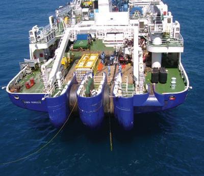 Прокладка ВОЛС через водные препятствия: судно для прокладки кабеля по дну моря